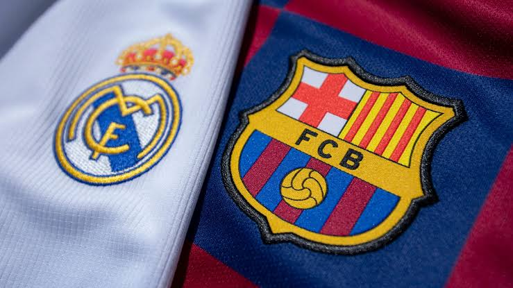 Its El clasico night; Fans are excited for the match!