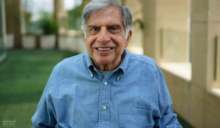 Ratan Tata Home Tour: Live life with simplicity Ratan Tata lives in a house of so many crores located in Colaba, Mumbai